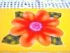 Detalhe pontilhado em volta da flor